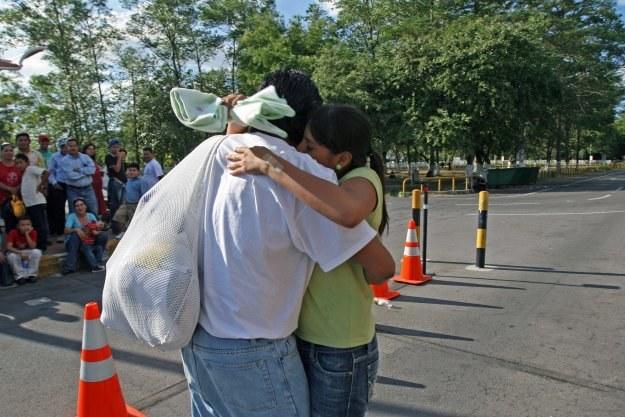 """""""Jestem nielegalnych imigrantem i nie zamierzam tego ukrywać dłużej. Wychodzę z ukrycia."""" /AFP"""