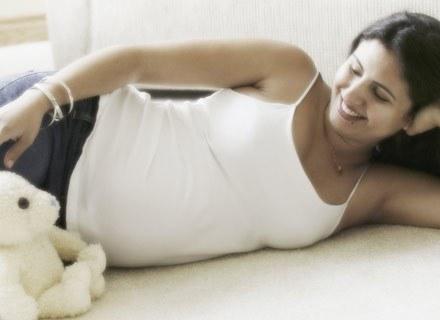 Jestem w 15. tygodniu ciąży i do tej pory przybyło mi tylko 2 kg. /ThetaXstock