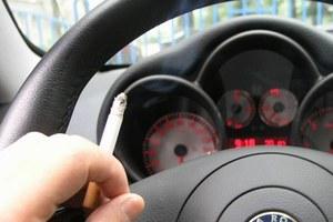Jesteś za zakazem palenia w samochodach?