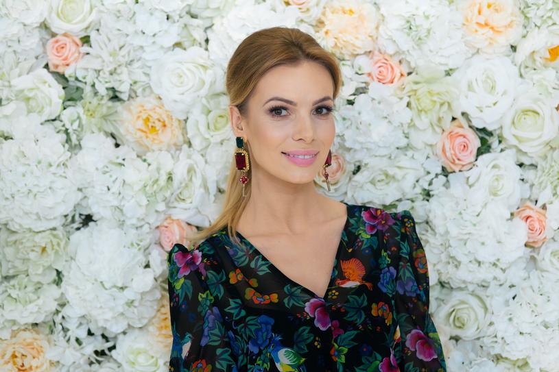 Jeżeli chodzi o rok 2018, to coraz modniejsze stają się małe wesela - przyznaje Izabela Janachowska /Wedding