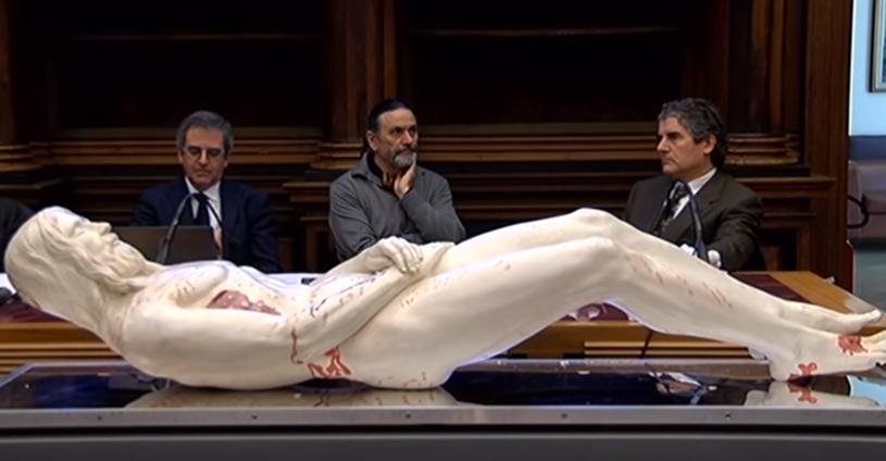"""""""Jezus był człowiekiem niezwykłej urody, o długich kończynach, wzroście około 180 centymetrów, o 15 centymetrów wyższym od ówczesnej przeciętnej"""" – twierdzą naukowcy (fot. TgPadova Telenuovo) /YouTube"""