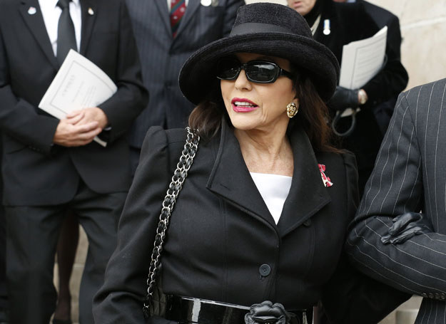 Joan Collins /Getty Images