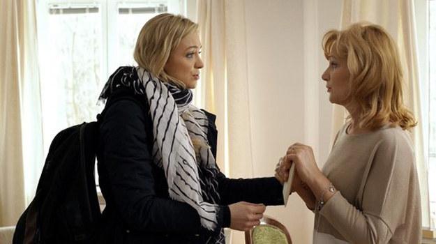 Joanna (Barbara Kurdej-Szatan) i Dorota (Katarzyna Żak) /www.mjakmilosc.tvp.pl/