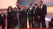 """Joanna Kulig, Borys Szyc, Tomasz Kot i Paweł Pawlikowski na premierze """"Zimnej wojny"""" w Cannes"""