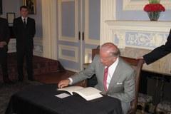 Joe Biden amerykański wiceprezydent składa kondolencje Polakom