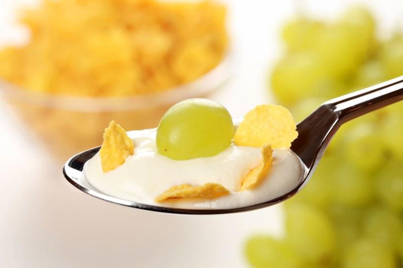 Jogurt może leczyć depresję /©123RF/PICSEL
