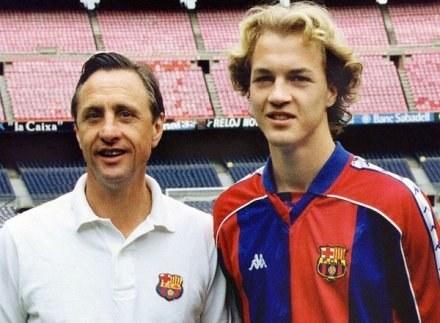Johan i Jordi Cruyff podczas ich wspólnego pobytu w Barcelonie /AFP