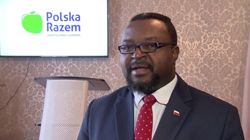 John Godson przeprasza prezesa Kaczyńskiego /TVN24/x-news