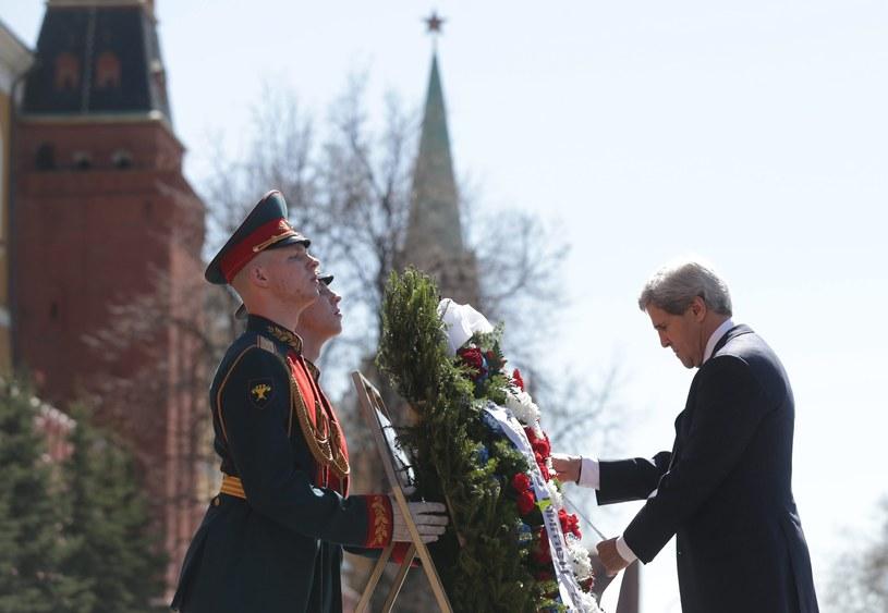 John Kerry podczas wizyty w Rosji /AFP