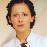 Jolanta Fraszyńska (dr Monika Zybert)