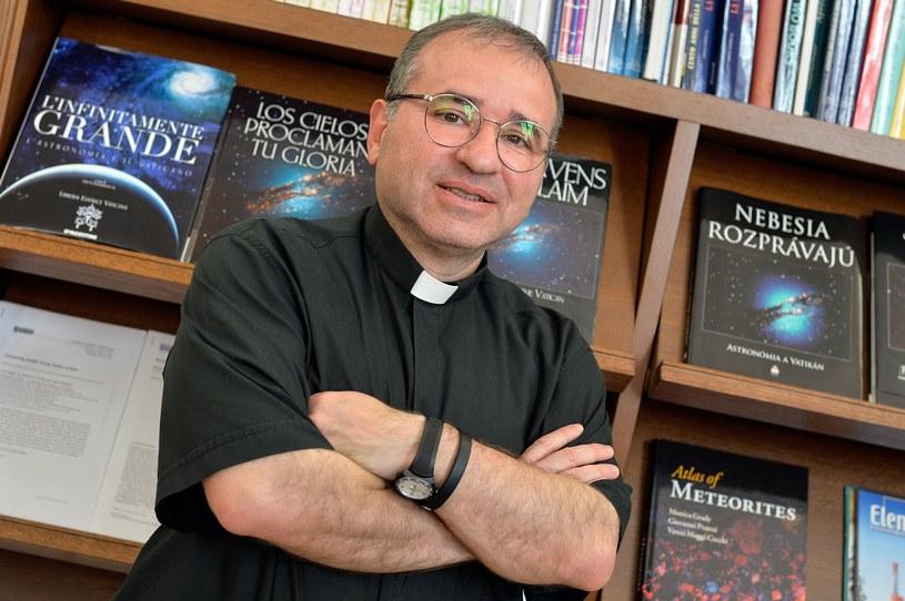 Jose Funes - dyrektor Obserwatorium Watykańskiego /AFP