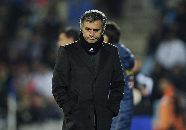 Jose Mourinho nie był zadowolony z postawy swoich piłkarzy w meczu z Getafe /AFP