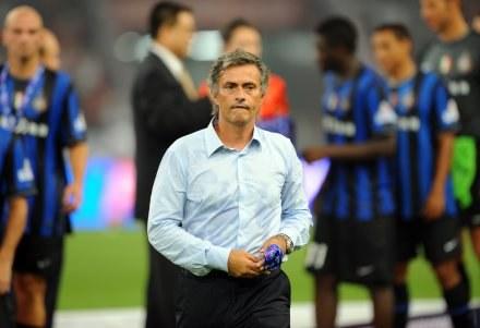 Jose Mourinho wściekł się na sędziego /AFP