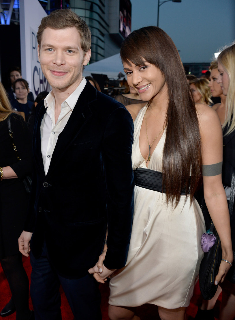 Joseph Morgan i Persia White / Frazer Harrison /Getty Images