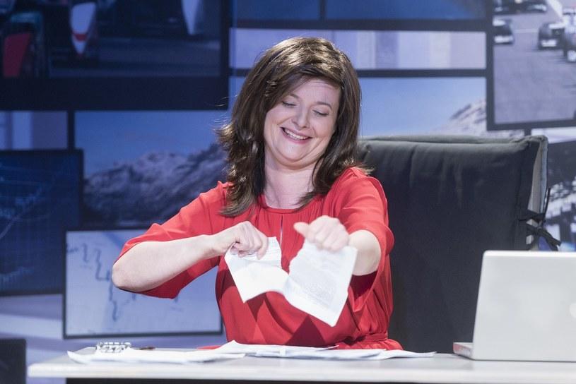 "Jowita Budnik w spektaklu ""Supermenka"" /Jacek Dominski/REPORTER /East News"