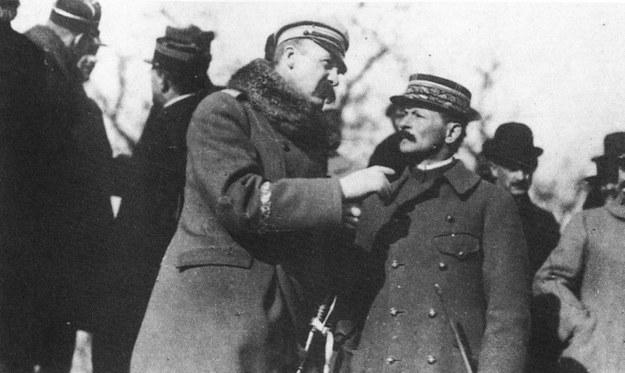 Józef Piłsudski i generał Maxime Weygand /FoKa /Agencja FORUM