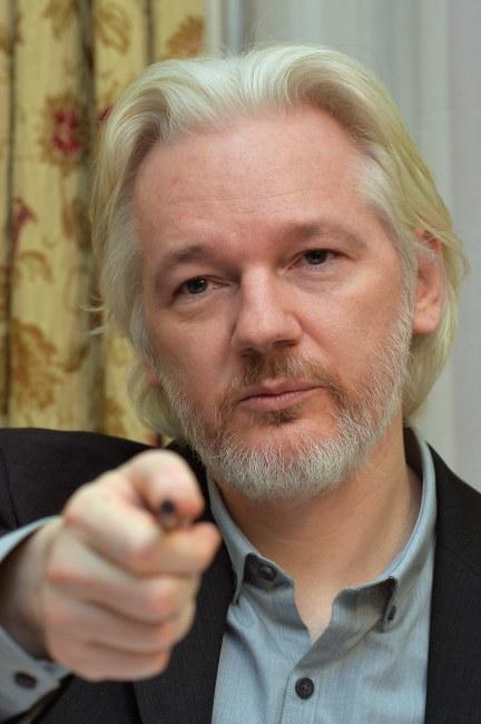 Julian Assange /PAP/EPA/JOHN STILLWELL/PRESS ASSOCIATION IMAGES /PAP/EPA