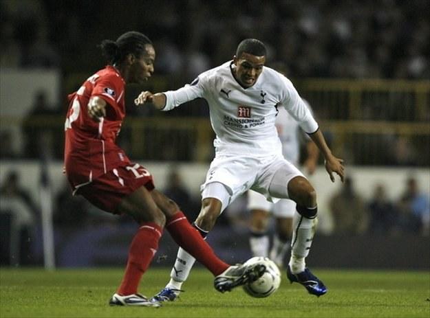 Junior Diaz (z lewej) może znowu zagrać w barwach Wisły Kraków. /AFP
