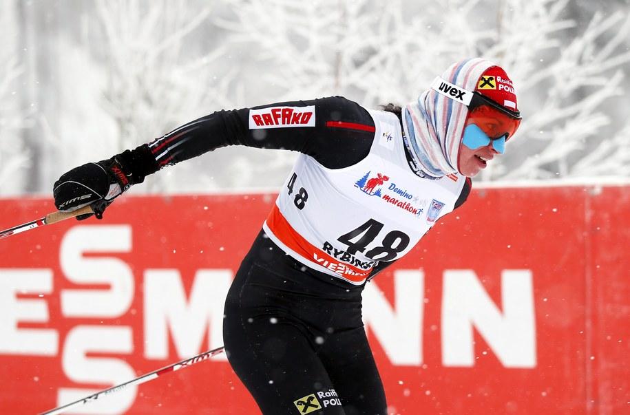 Justyna Kowalczyk na trasie piątkowego biegu /URI KOCHETKOV /PAP/EPA