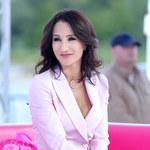 Justyna Steczkowska w różowym garniturze! Piękna?