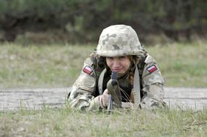 Justyna Winnicka (Ilona Ostrowska) to jedyna kobieta-oficer w Afganistanie /  /AKPA