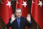 Już 35 tysięcy aresztowanych w Turcji