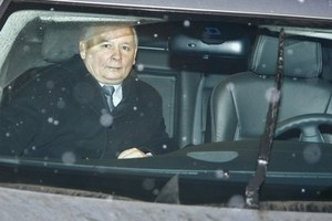 Kaczyński za kierownicą BMW!