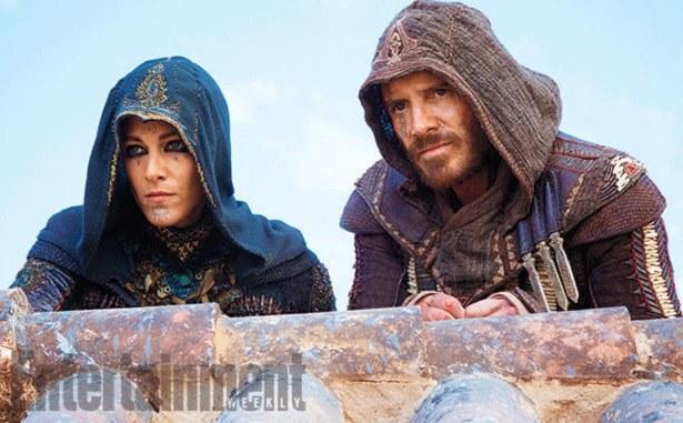 Kadr z filmu Assassin's Creed opublikowany przez Entertainment Weekly /materiały źródłowe