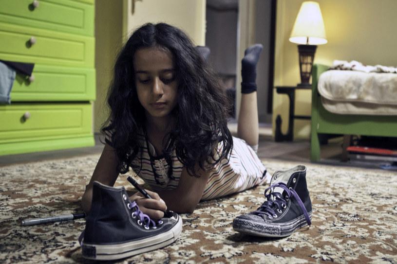 Kadr z filmu Dziewczynka w trampkach /materiały prasowe