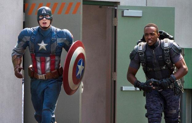 """Kadr z filmu """"Kapitan Ameryka: Zimowy żołnierz"""" /materiały prasowe"""