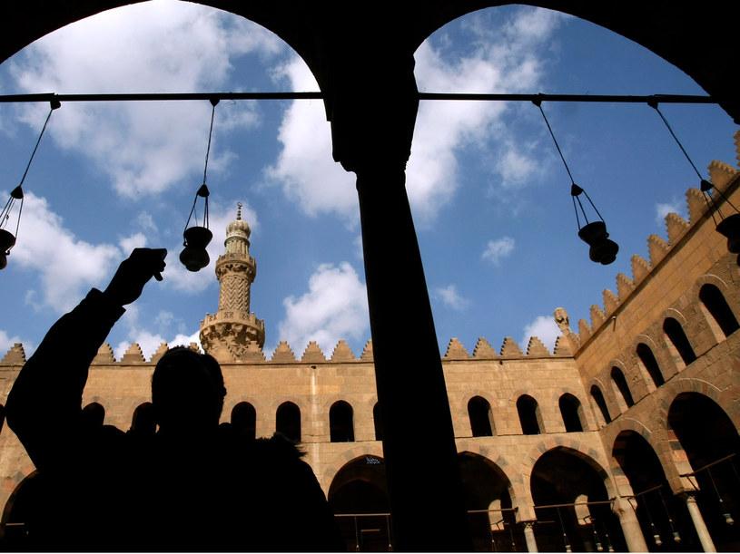 Kair to ogromne miasto pełne zabytkowych budowli i świątyń  /Getty Images/Flash Press Media