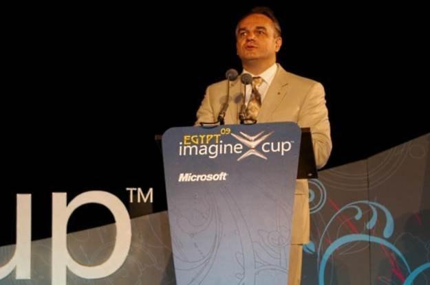 Kair, Waldemar Pawlak podczas ceremoni zamknięcia konkursu Imagine Cup 2009 /INTERIA.PL