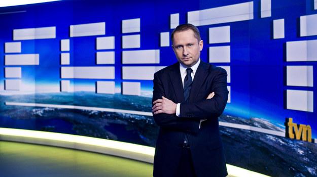 """Kamil Durczok w nowym studiu """"Faktów"""" /fot  /TVN"""