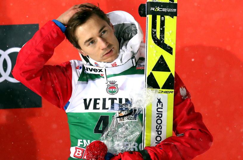 Kamil Stoch na podium /Grzegorz Momot /PAP