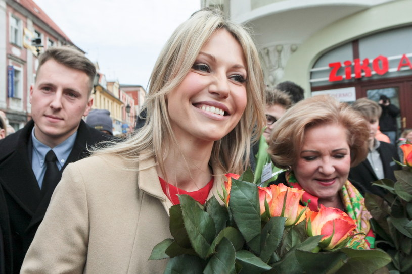 Kandydatka SLD na urząd prezydenta RP - Magdalena Ogórek, podczas spotkania z mieszkańcami Zielonej Góry /Lech Muszyński /PAP