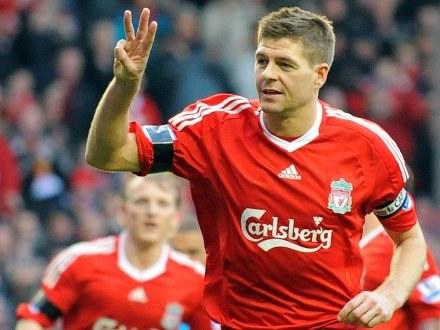 """Kapitan """"The Reds"""" Steven Gerrard /AFP"""