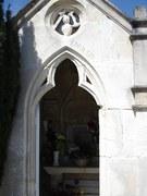 Kapliczka cmentarna rodziny Lorrain i Mitterand