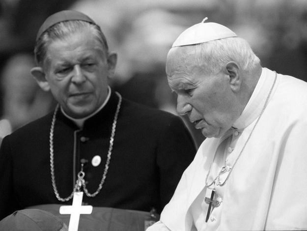 Kard. Józef Glemp i papież Jan Paweł II /PAP