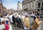 Kard. Nycz: Eucharystia jest znakiem jedności i miłości