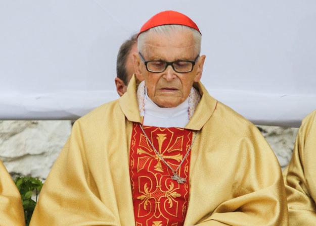 Kardynał Franciszek Macharski przebywa w szpitalu /Jan Graczyński /East News