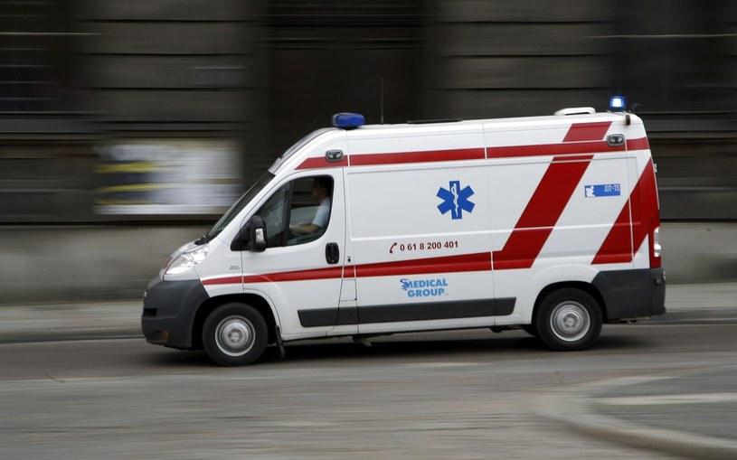Karetki wyjeżdżąją do pijanych, zamiast ratować chorych /Andrzej Stawiński /East News/Reporter