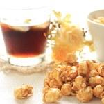 Karmelowy popcorn