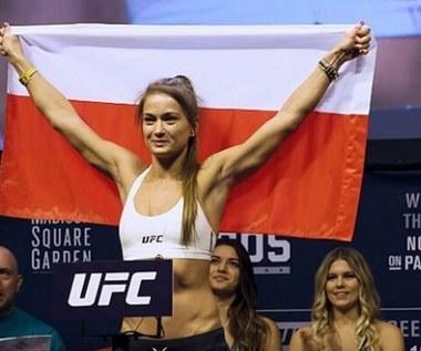 Karolina Kowalkiewicz, zawodniczka MMA, uczy kobiety samoobrony. Wideo