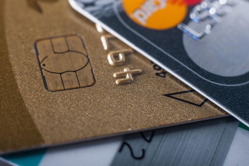 Karty kredytowe; zdj. ilustracyjne /Rafał Kuźma /FORUM