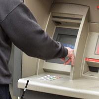 Katalonia: Nietypowa forma protestu. Zwolennicy secesji wyciągali pieniądze z bankomatów