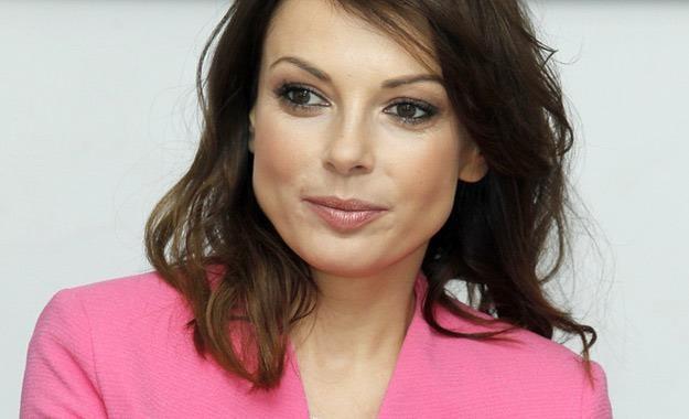 Katarzyna Glinka chce nauczyć synka, jak przygotować pisanki /AKPA
