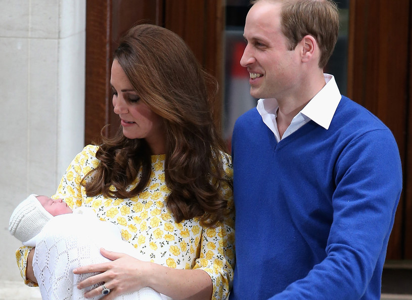 Kate i William z córeczką /Getty Images