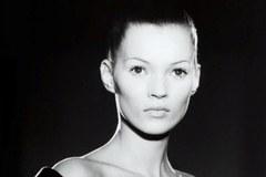 Kate Moss, Coco Chanel i The Beatles na aukcji w Warszawie