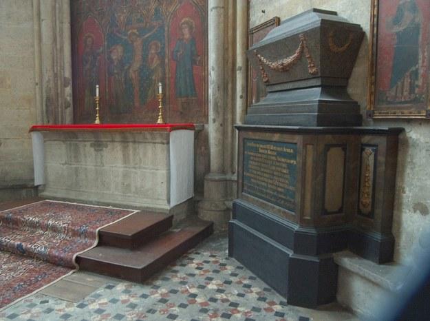 Katedra w Kolonii - grobowiec królowej Rychezy /H. Kaiser/Eastway /Reporter