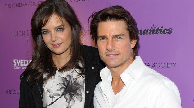 Katie Holmes i Tom Cruise - miłość na pokaz? /AFP